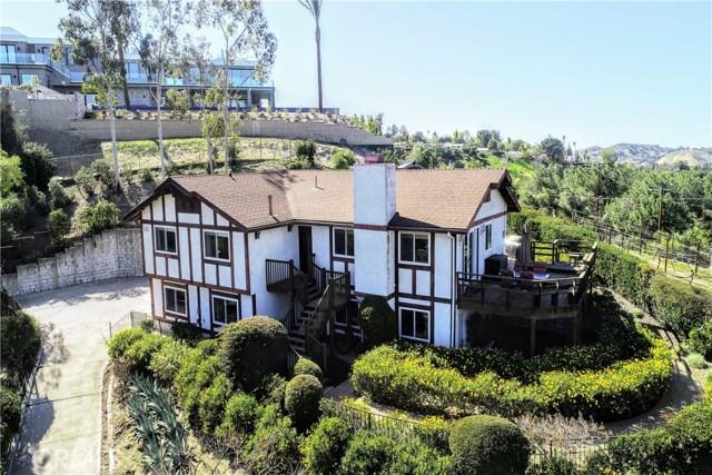 4890 Calderon Road, Woodland Hills, CA 91364