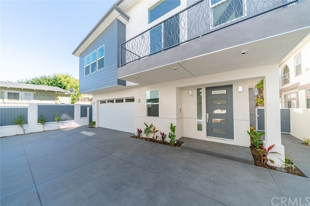 2516 Harriman Lane, Redondo Beach, California 90278, 4 Bedrooms Bedrooms, ,2 BathroomsBathrooms,Townhouse,For Sale,Harriman,OC19086824