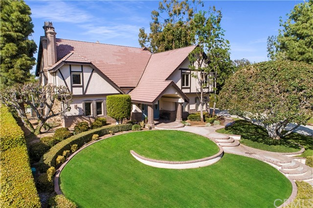 1411 Ravenswood Lane, Riverside, CA 92506