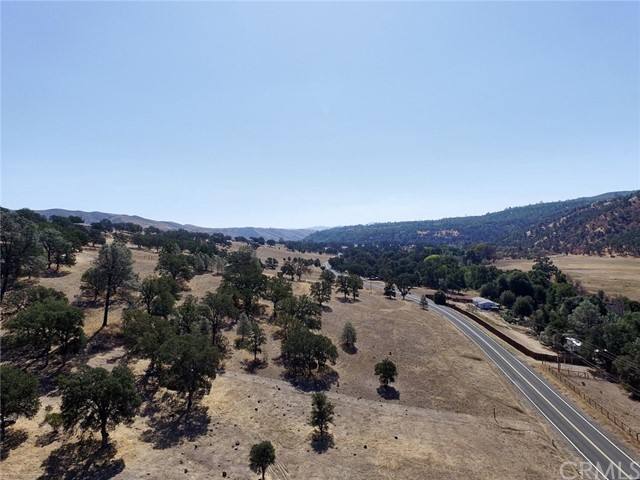 1900 New Long Valley Road, Clearlake Oaks, CA 95423