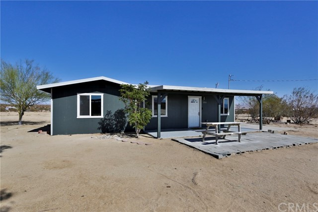 65006 Giant Rock Road, Joshua Tree, CA 92252