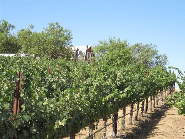 5805 Vista Serrano, Paso Robles, CA 93446