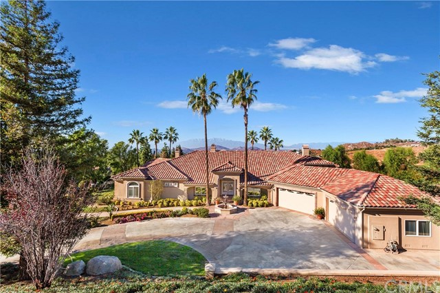Photo of 6930 Wyndham Hill Drive, Riverside, CA 92506
