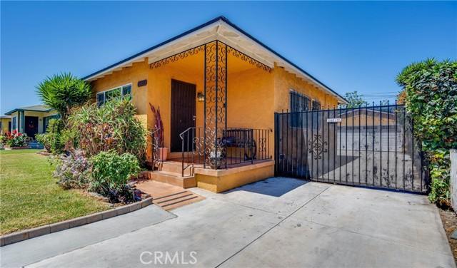 3. 10453 Mary Ave Los Angeles, CA 90002