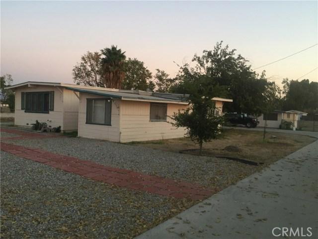 581 E Menlo Avenue, Hemet, CA 92543