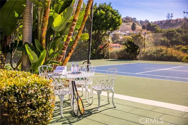 17. 909 Via Coronel Palos Verdes Estates, CA 90274