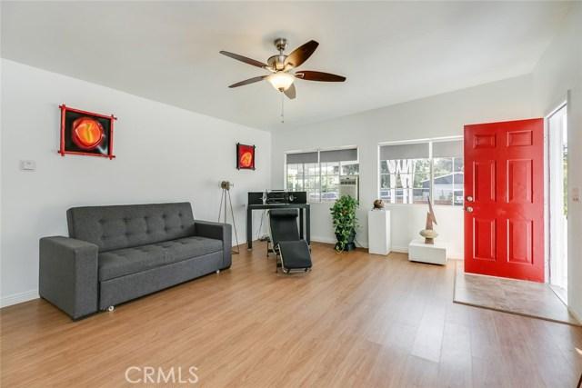 172 Mountain View Street, Oak View, CA 93022