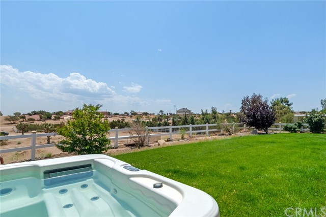9179 Kittering Rd, Oak Hills, CA 92344 Photo 20