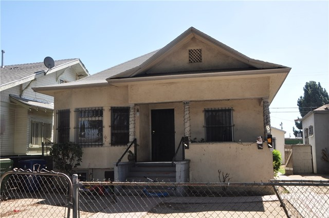 1230 E 56th Street, Los Angeles, CA 90011