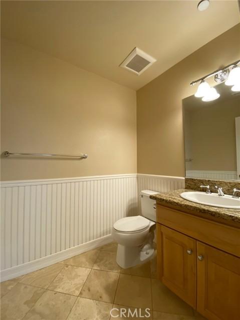 Bath 2 - Upstairs