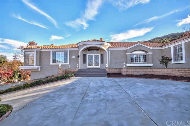 13777 Pine View Drive, Yucaipa, CA 92399