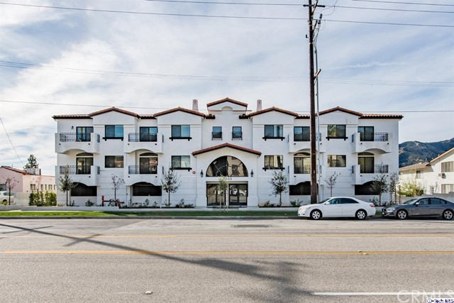 2340 Montrose Avenue 202, Montrose, CA 91020