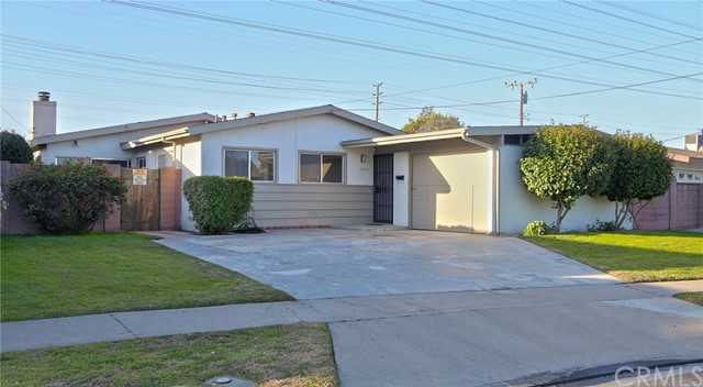 7438 El Redondo Circle, Buena Park, CA 90620