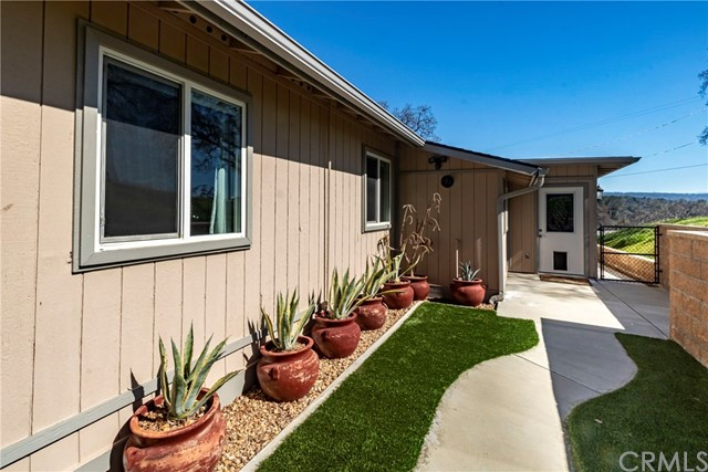28898 Crystal Springs Court, Coarsegold, CA 93614
