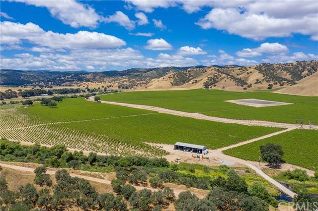 Ideal for discerning leaders with vision, Joseph Vineyard is a rare opportunity to dream bigger. Found in breathtakingly