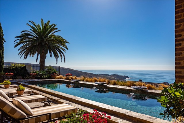 6 Sea Glass | The Tides (TIDE) | Newport Coast CA