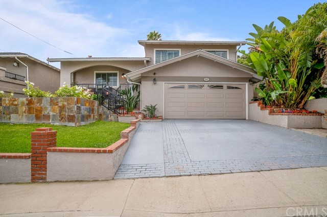 1902 Spreckels Lane, Redondo Beach, California 90278, 3 Bedrooms Bedrooms, ,2 BathroomsBathrooms,For Sale,Spreckels,SB19180441