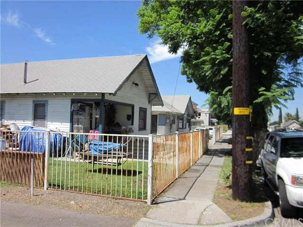 402 S Highland Avenue, Fullerton, CA 92832