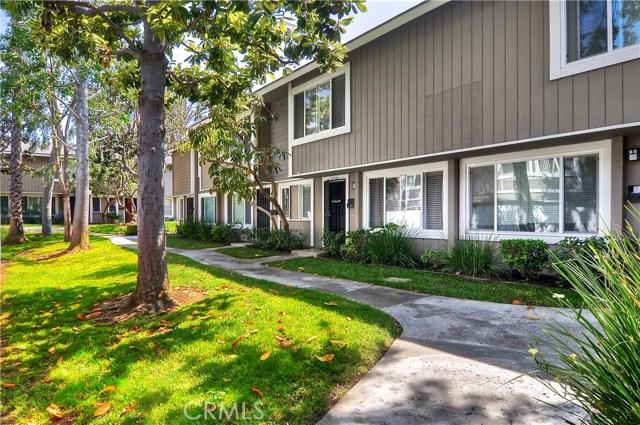 17721 Brittany Lane 64, Huntington Beach, CA 92647