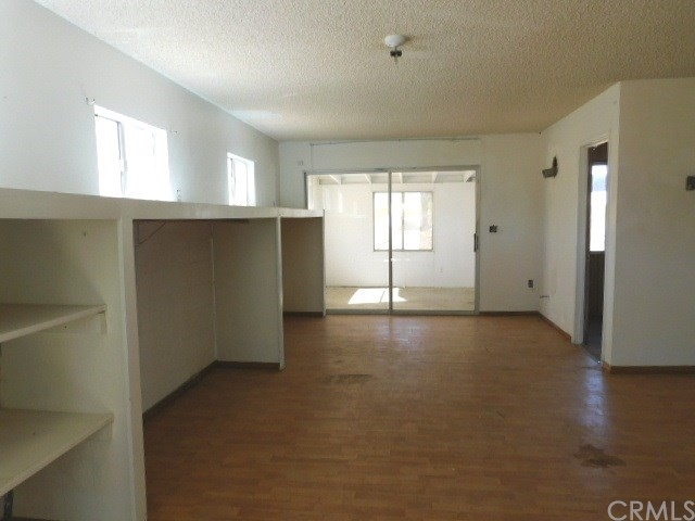 32425 Emerald Rd, Lucerne Valley, CA 92356 Photo 5