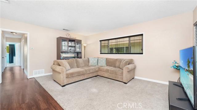 4. 271 E 45th Street San Bernardino, CA 92404
