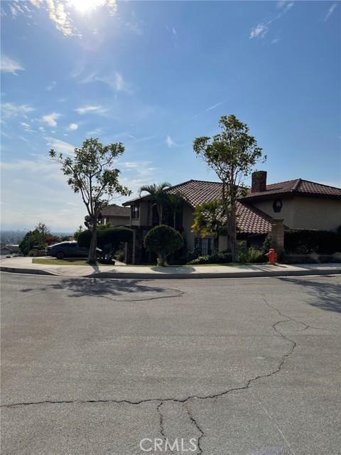 34. 2239 E Vista Mesa Way Orange, CA 92867