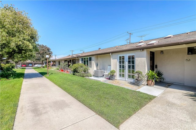 1671 Interlachen M11-285I, Seal Beach, CA 90740