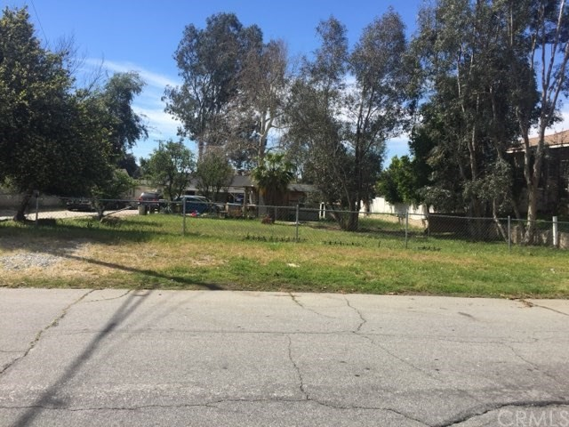 2423 ETIWANDA Avenue, San Bernardino, CA 92410