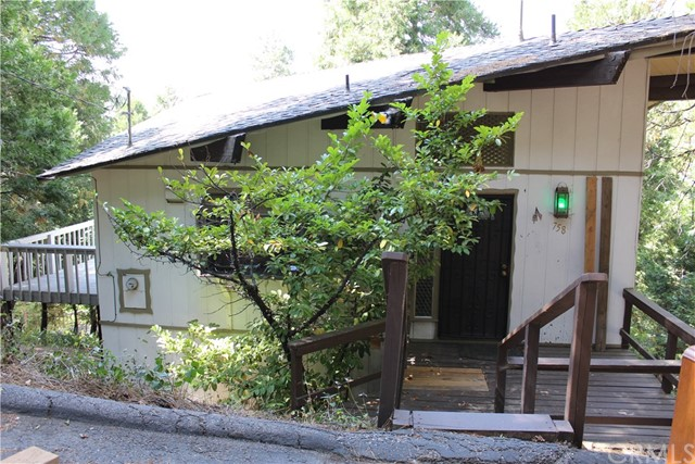 758 Bergschrund Drive, Crestline, CA 92325