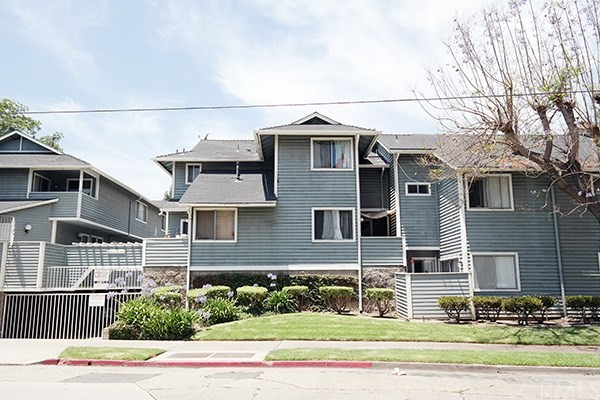 1328 N Spurgeon Street 23, Santa Ana, CA 92701