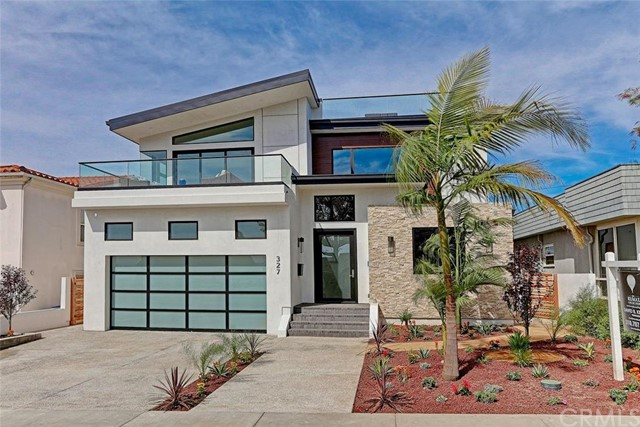 327 Avenue F, Redondo Beach, California 90277, 4 Bedrooms Bedrooms, ,4 BathroomsBathrooms,For Sale,Avenue F,SB16083122