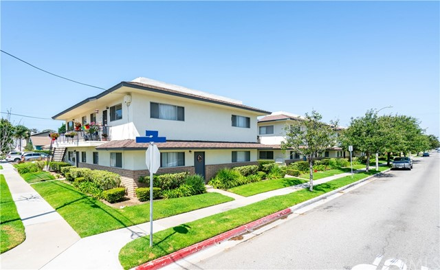 1301 Huntington Street, Huntington Beach, CA 92648