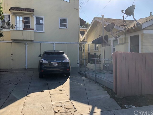 Image 3 of 3214 E 4th St, Long Beach, CA 90814