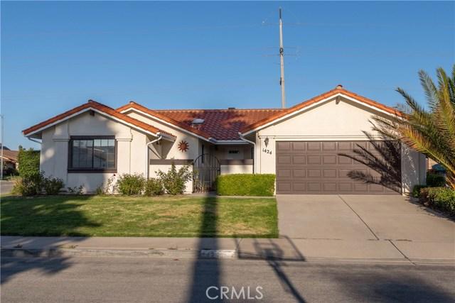 1424 N E Street, Lompoc, CA 93436