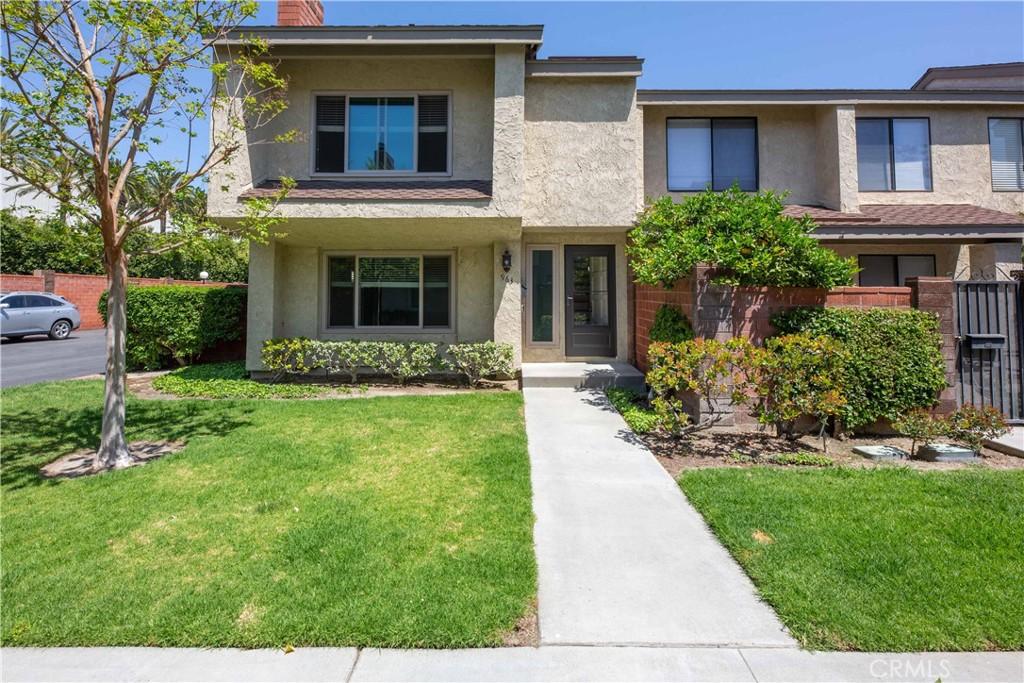 963   W Lamark Lane, Anaheim CA 92802