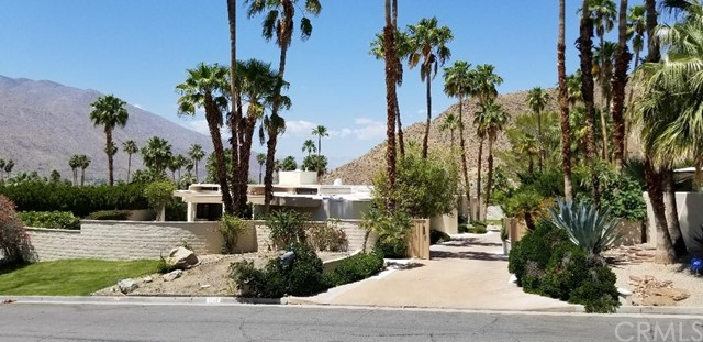 1640 Stonehedge Road, Palm Springs, CA 92264