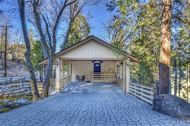 1071 Oak Lane, Lake Arrowhead, CA 92326