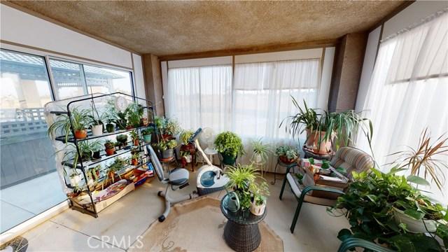 9957 Silver Palm Dr, Oak Hills, CA 92344 Photo 29