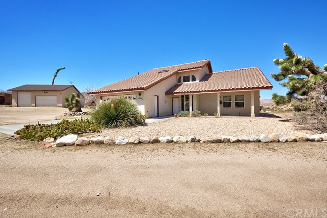 5594 Bronco Road, Pioneertown, CA 92252