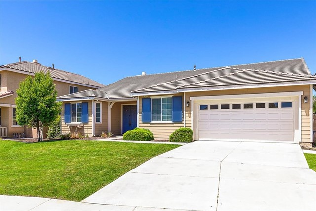 29805 E Lake Court, Menifee, CA 92586