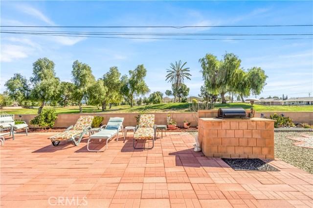 28710 Thornhill Drive, Sun City, CA 92586