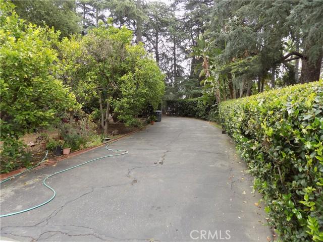 1777 La Cresta Drive, Pasadena, CA 91103