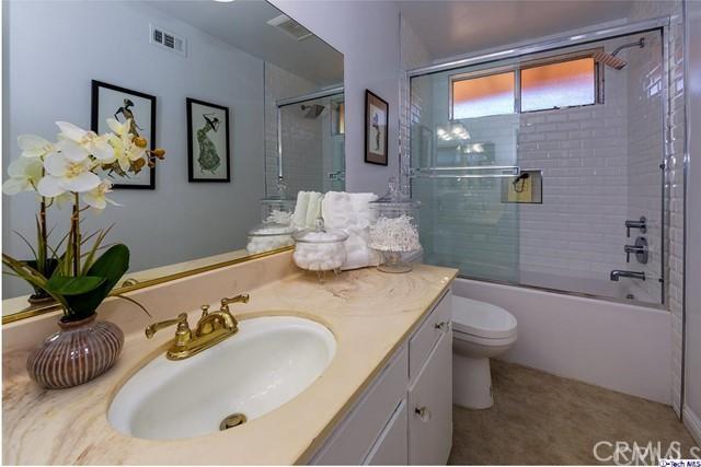 2337 N Arroyo Bl, Pasadena, CA 91103 Photo 11
