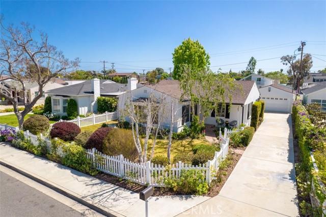 Image 24 of 385 E 19th St, Costa Mesa, CA 92627