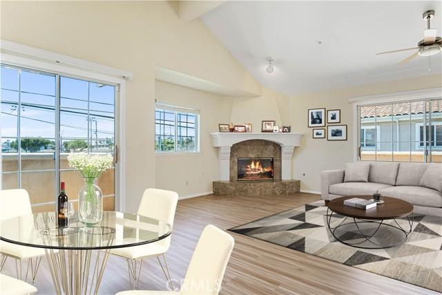 2319 Rockefeller Lane A, Redondo Beach, California 90278, 4 Bedrooms Bedrooms, ,2 BathroomsBathrooms,For Rent,Rockefeller,SB21127392