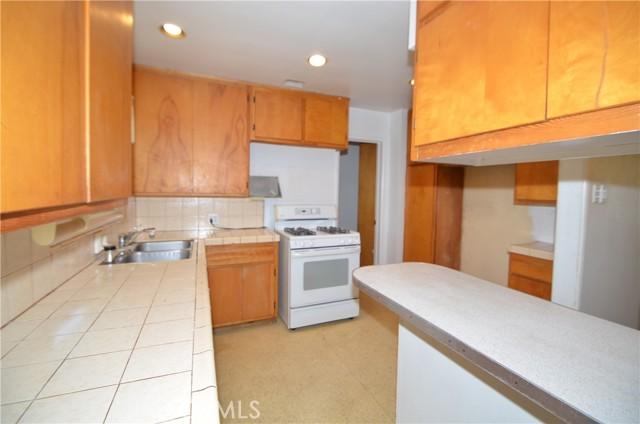 7. 530 E 238th Street Carson, CA 90745