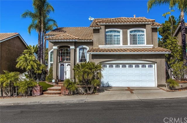 15 Enfilade Avenue, Lake Forest, CA 92610