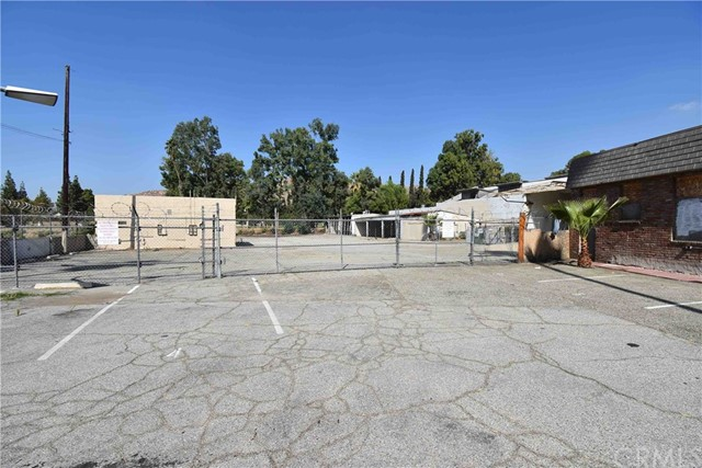4489 Brockton Avenue, Riverside, CA 92501