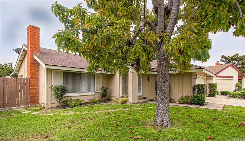 826     Buttonwood Drive, Brea CA 92821