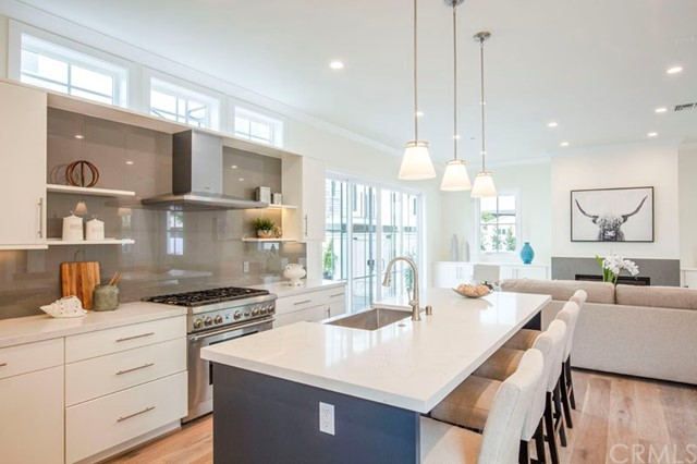 2309 Voorhees Avenue, Redondo Beach, California 90278, 4 Bedrooms Bedrooms, ,3 BathroomsBathrooms,Townhouse,For Sale,Voorhees,SB19080678